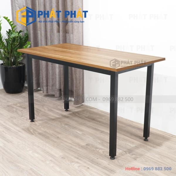 Tham khảo một số mẫu bàn làm việc chân sắt giá rẻ đẹp