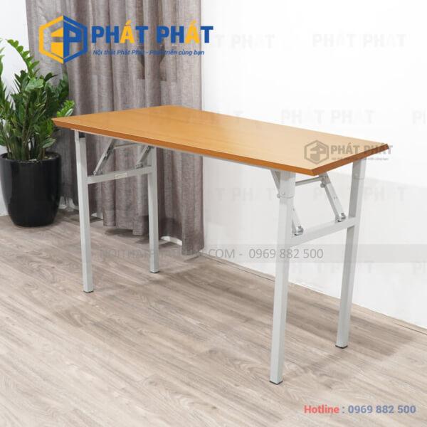 Lựa chọn bàn làm việc đơn giản tăng tiện ích cho không gian